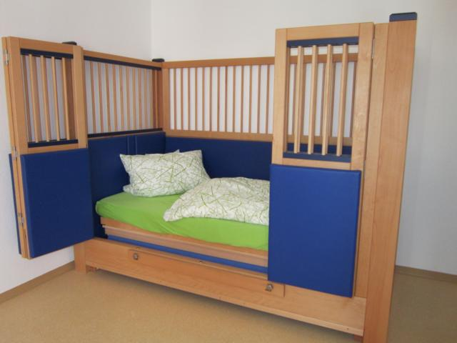 lummerland schloss bett. Black Bedroom Furniture Sets. Home Design Ideas