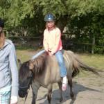 Michelle auf dem Pony
